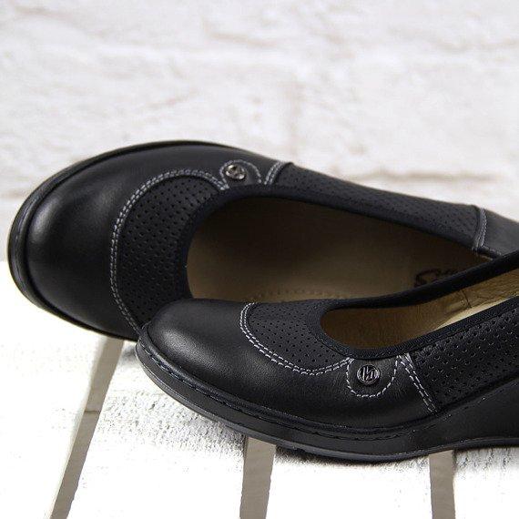 Czarne czółenka skórzane komfortowe Helios 330