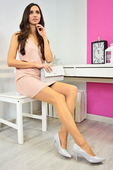 Czółenka lakierowane na szpilce szare Monique