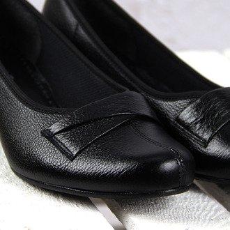 Czółenka skórzane czarne komfortowe Galant