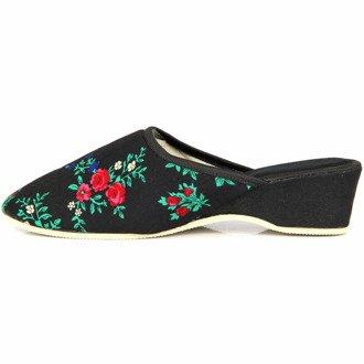 Laczki damskie domowe czarne w kwiaty na koturnie Eliza