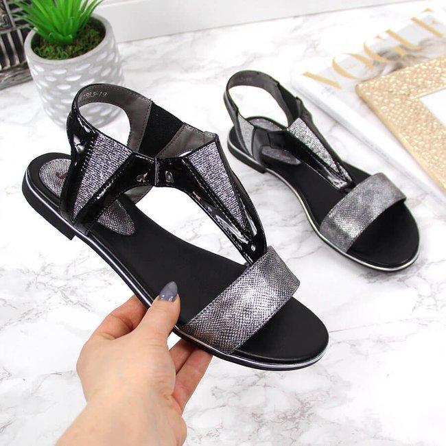 Sandały damskie lakierowane na gumkę czarne Jezzi