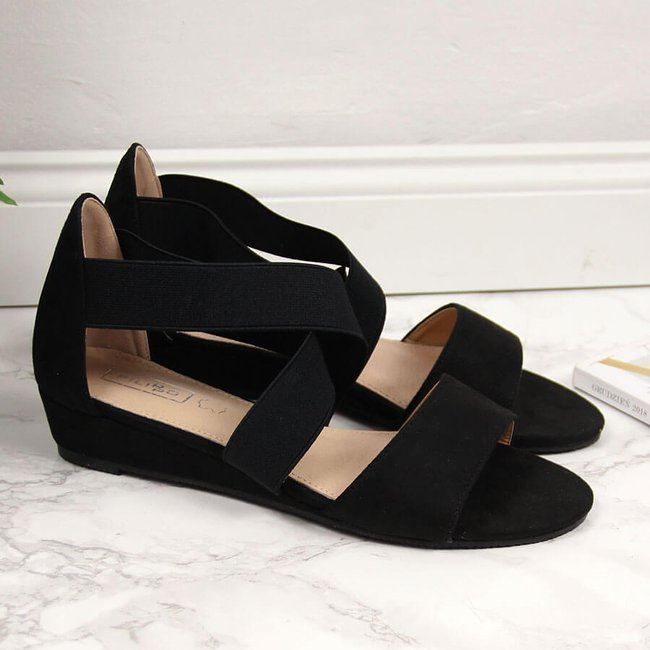 Sandały damskie na gumkę czarne Filippo