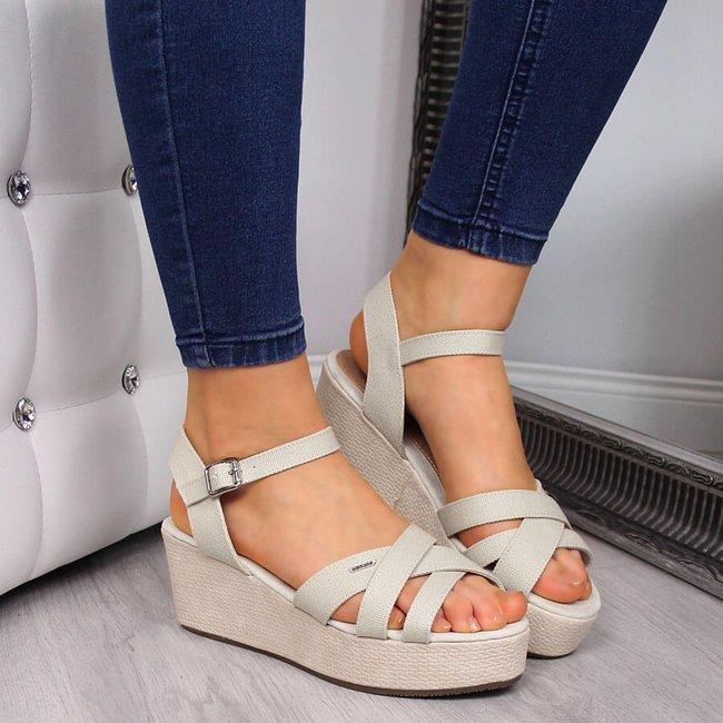 Sandały damskie na koturnie beżowe Big Star FF274A464