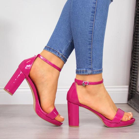 Sandały damskie na platformie różowe Xti