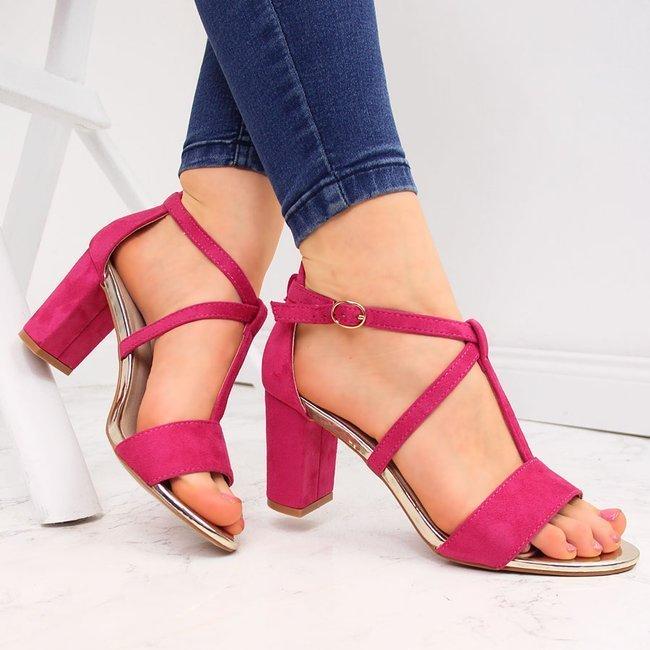 Sandały damskie na słupku rzymianki fuksja Vinceza