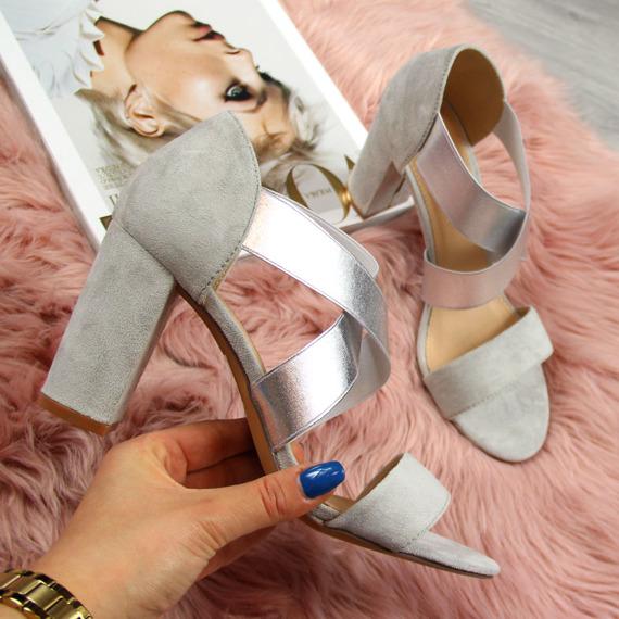 Sandały damskie na słupku srebrne eVento