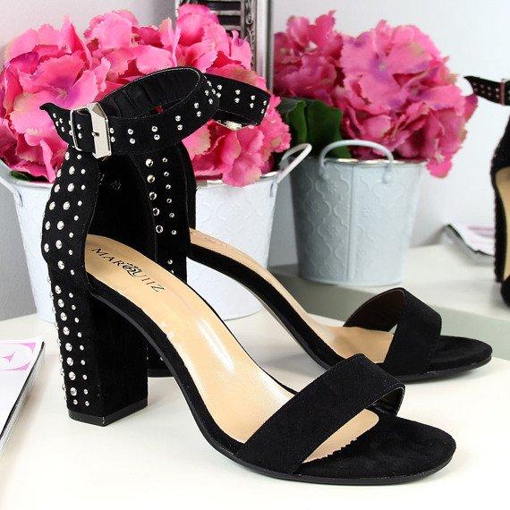 Sandały damskie z nitami czarne Marquiiz